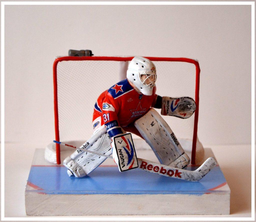 фигурка хоккеиста на заказ