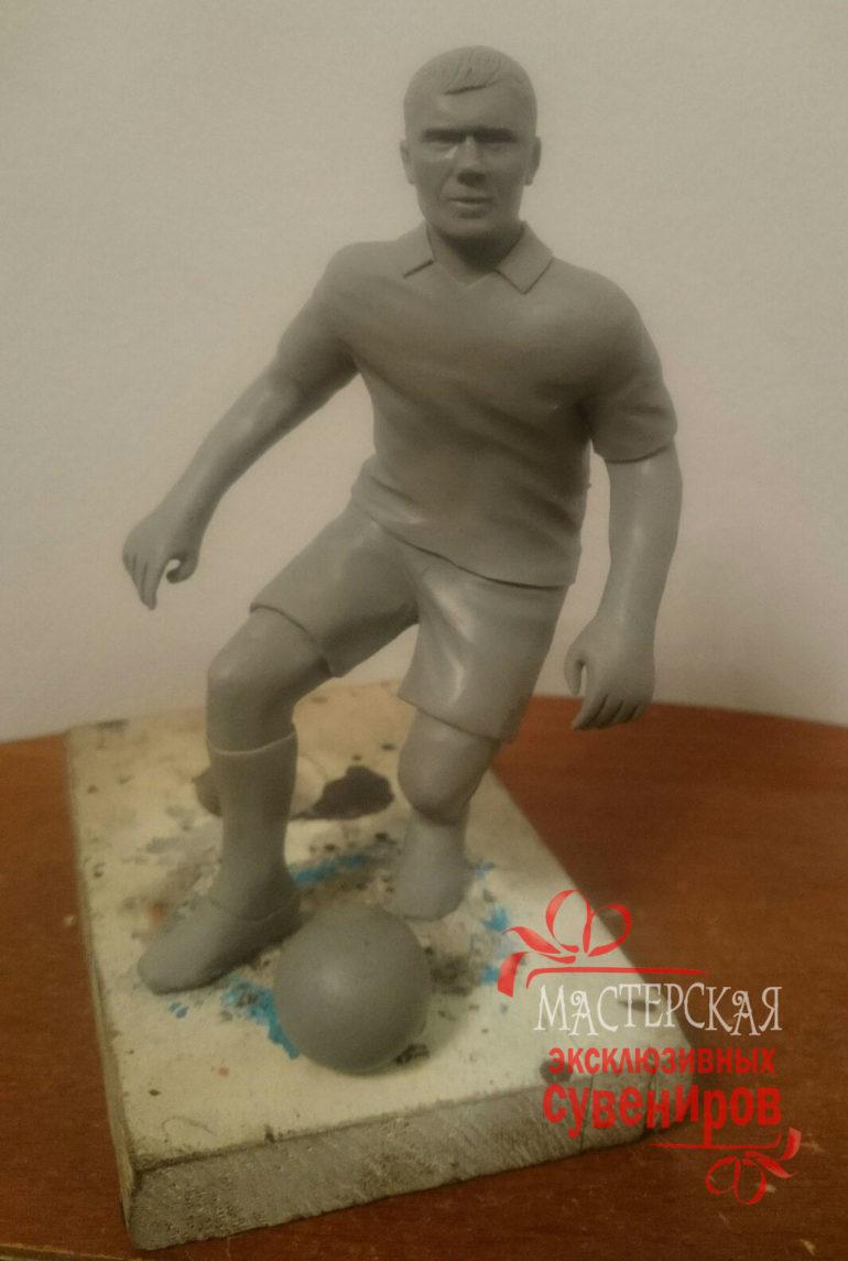 Заказывали фигурку футболиста, поражены степенью схожести!