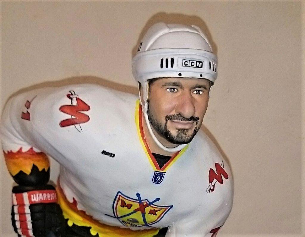 заказать статуэтку хоккеиста